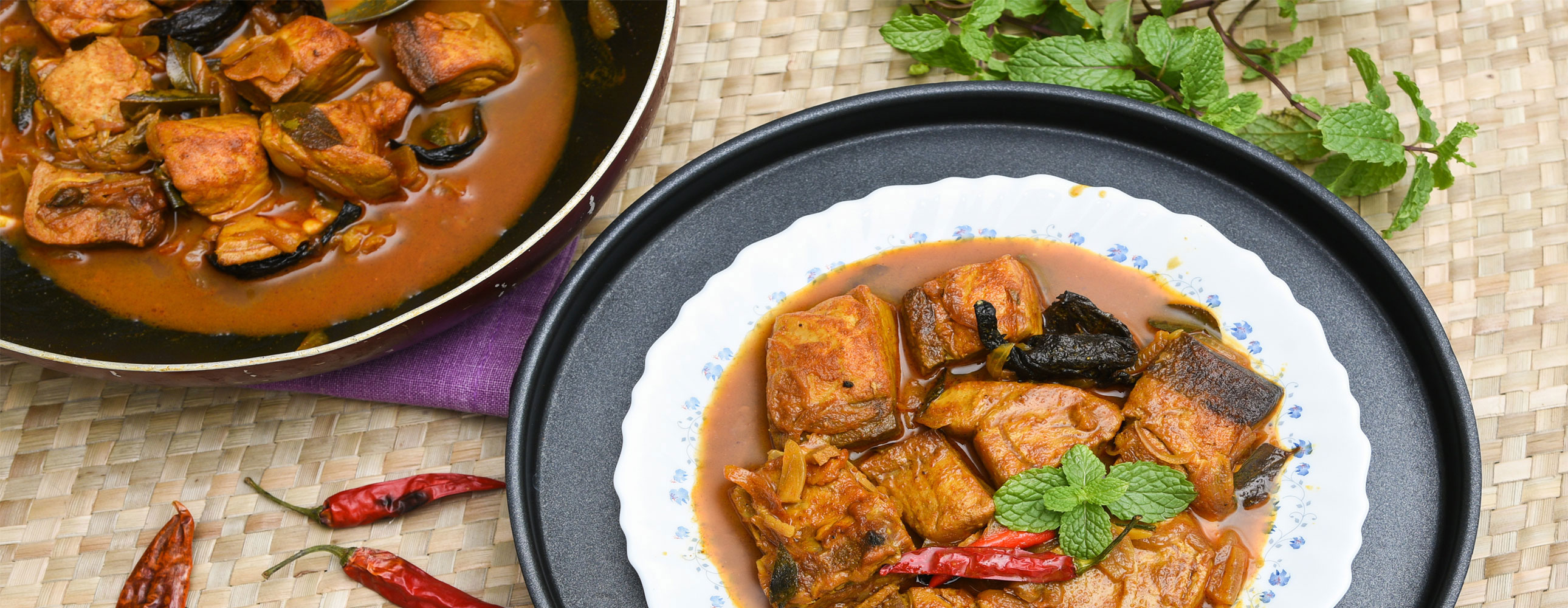 Awe inspiring feel offers assortment of cooking styles according to the decision of the visitor with uncommon accentuation on Kerala cuisines.